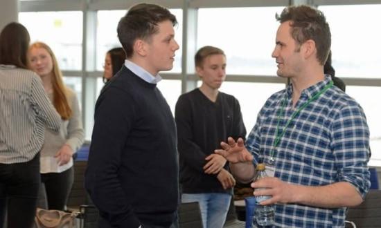 Robert Jänisch im Gespräch auf der Startup Teens in Düsseldorf