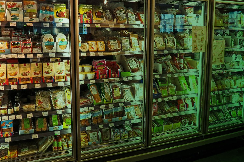 Zum Thema Smart Vending Machines: Verkausautomaten mit Lebensmitteln